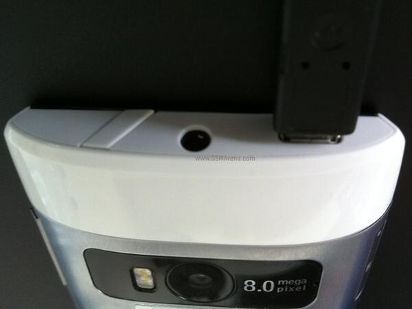 Nokia-x7-00 atas.jpg