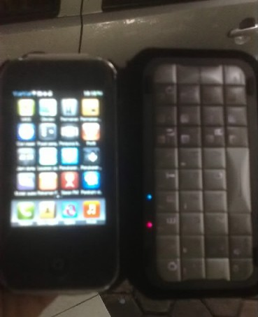 Iphone Replika 4.jpg