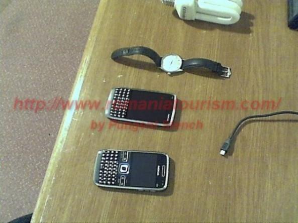 Nokia E6-00 vs Nokia E72.jpg