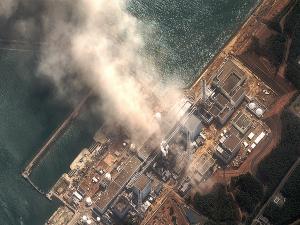 106874_kebakaran-di-pltn-dai-ichi--prefektur-fukushima_300_225.JPG