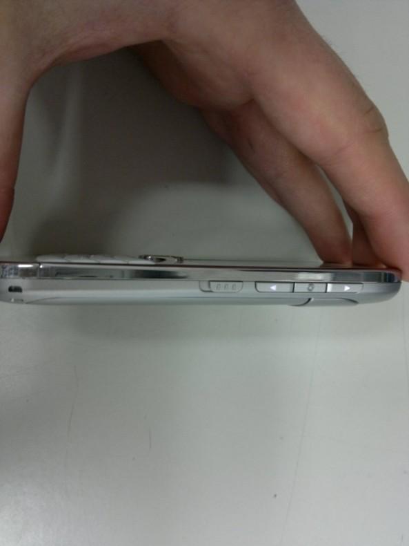 Nokia E6-00 003.jpg