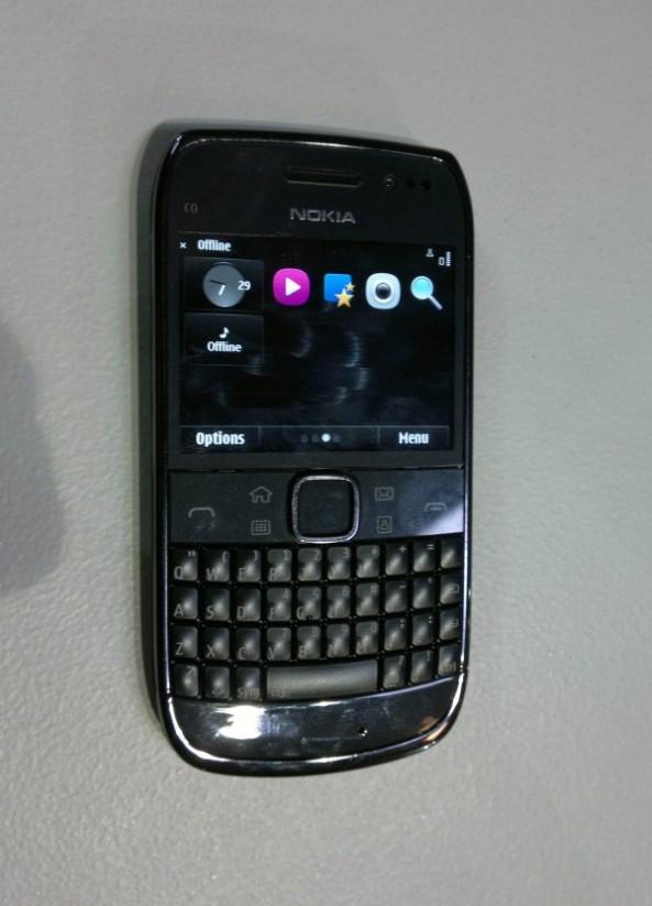 Nokia E6-00c.jpg