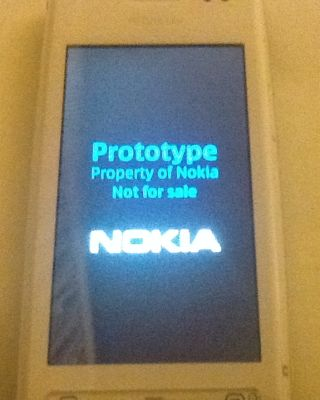 Nokia-600-1.jpg